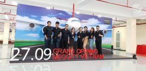meggit-grand-opening-12-1